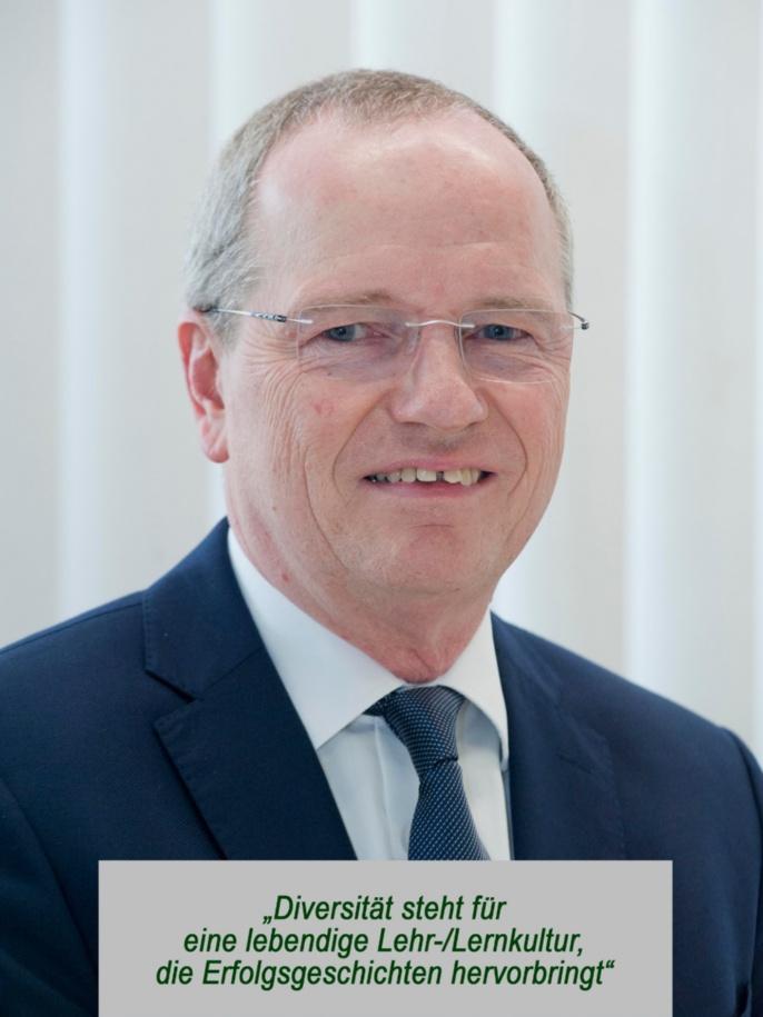 Prof. Dr.-Ing. Hansgeorg Binz, Prorektor für Lehre und Weiterbildung, 01.10.2018 bis 30.09.2021