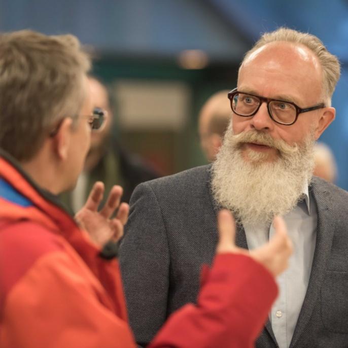 Dr. Wolfgang Holtkamp (r.) im Gespräch mit Dr. David Boehringer.