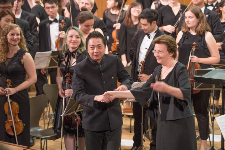 Veronika Stoertzenbach, Director of the Academic Choir and Orchestra and Leung Kin-fung.