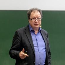 Rektor Wolfram Ressel