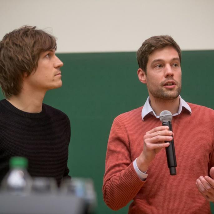 Preisträger Moritz Dörstelmann (links) und James Solly (Fakultät 1)
