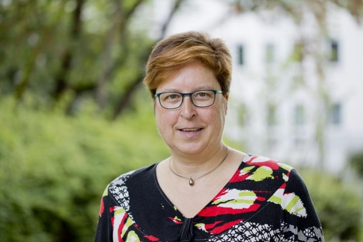 Sigrid Eicken ist Beauftragte für Studierende mit Behinderungen oder chronischen Erkrankungen. (c) Uli Regenscheit