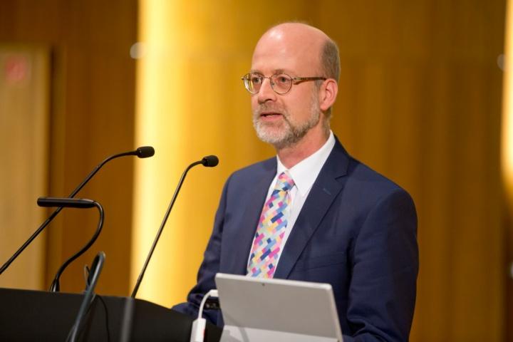 Prof. Bernhard Keimer, Vorsitzender des Universitätsrats (c)