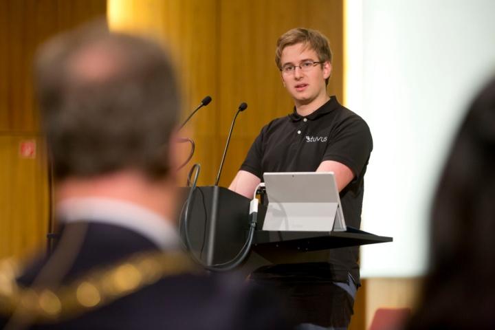 Fritz Otlinghaus, Vertreter der Studierenden (c)