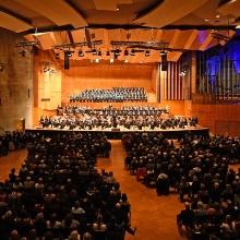Bruckner-Konzert Blick auf Bühne