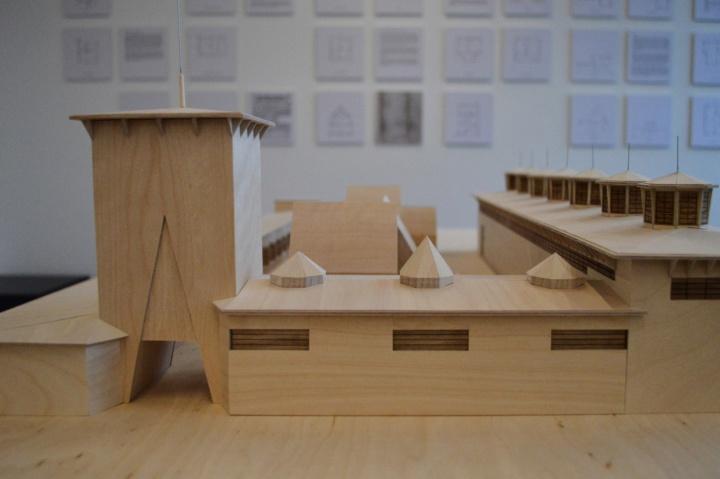 Modell des Messeturms und der umgebenden Gebäude. (c)