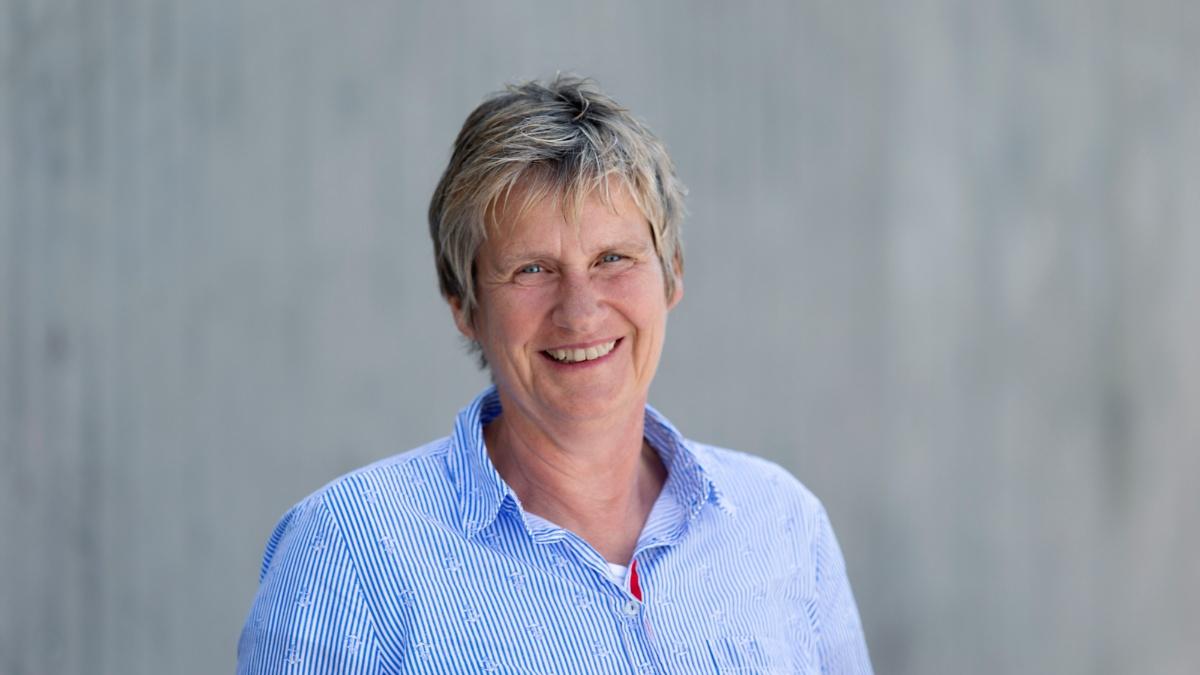 Dagmar Hansen  (c)