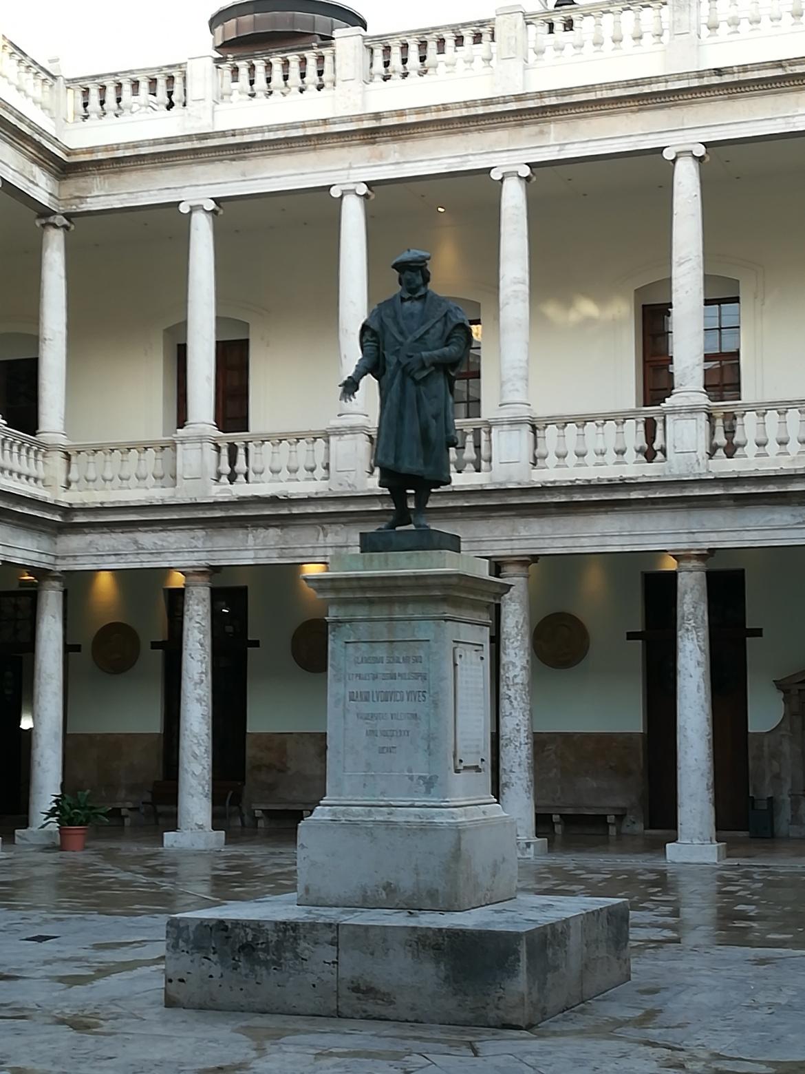 Patio (Innenhof) des Gästehauses der Universität València